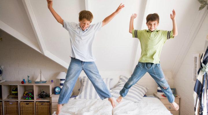 83122-quarto-para-dois-filhos-risco-ou-beneficio