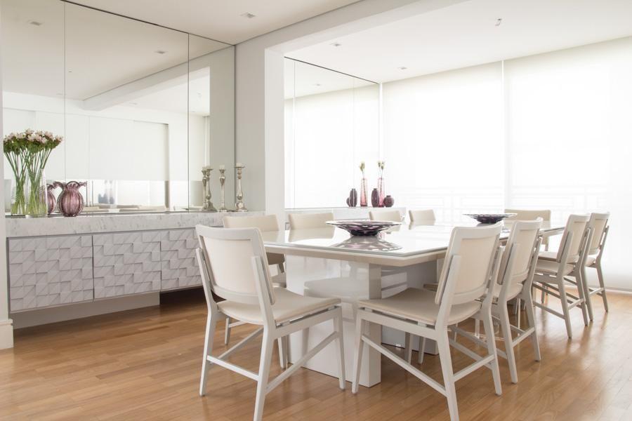 decoracao-sala-de-jantar-com-espelho-grande-na-parede-mariliaveiga-88486-proportional-height_cover_medium